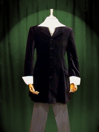 JACKET FROCK COAT OUT OF VELVET