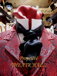 HOW TO DO A TIE KNOT WITH A LAVALLIERE