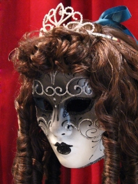 "WIGS WITH ""ANGLAISES"" XVIII"