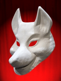 WHITE MASK BASE WOLF TO BE PAINTED FOR WEARING ED